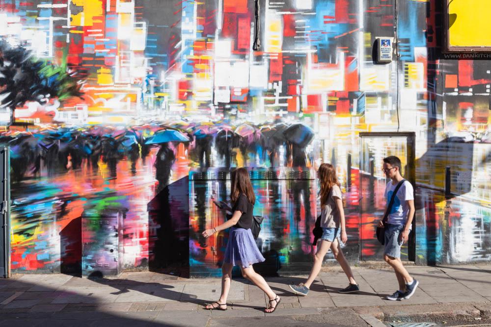vibrant street art in london