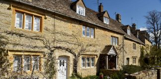 a country house in the cotswolds